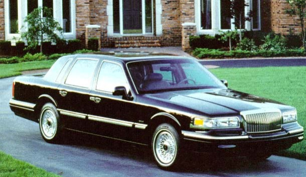 1996 Lincoln Town Car Review