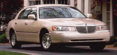 1998 Lincoln Town Car Review