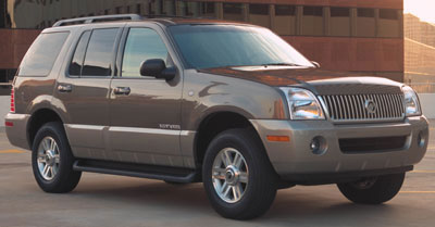 2005 mountaineer tire size
