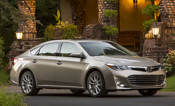 2013 Toyota Avalon Xle >> 2013 Toyota Avalon Review