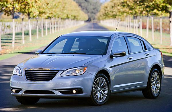 Chrysler 200 Reviews >> 2013 Chrysler 200 Review