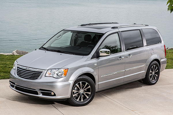 Town And Country >> 2014 Chrysler Town Country Review