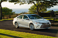 15-camry-driving-hybrid