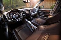 15-ramhd-interior-longhorn
