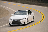 2016-gs450-driving
