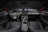 2016-ct200h-interior