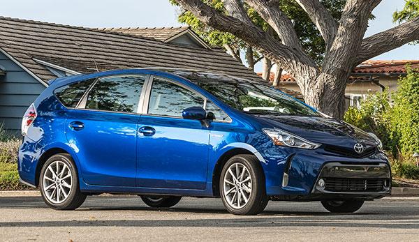 2017 Toyota Prius V Newcartestdrive